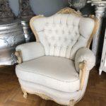 Fotel stylowy tapicerowany