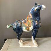 figura konia z terakoty
