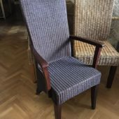 krzesło z poręczami rattan