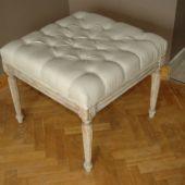 stołek tapicerowany
